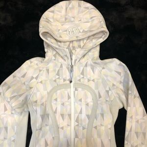 Lululemon Scuba Hoodie White Pastel Geometric 2